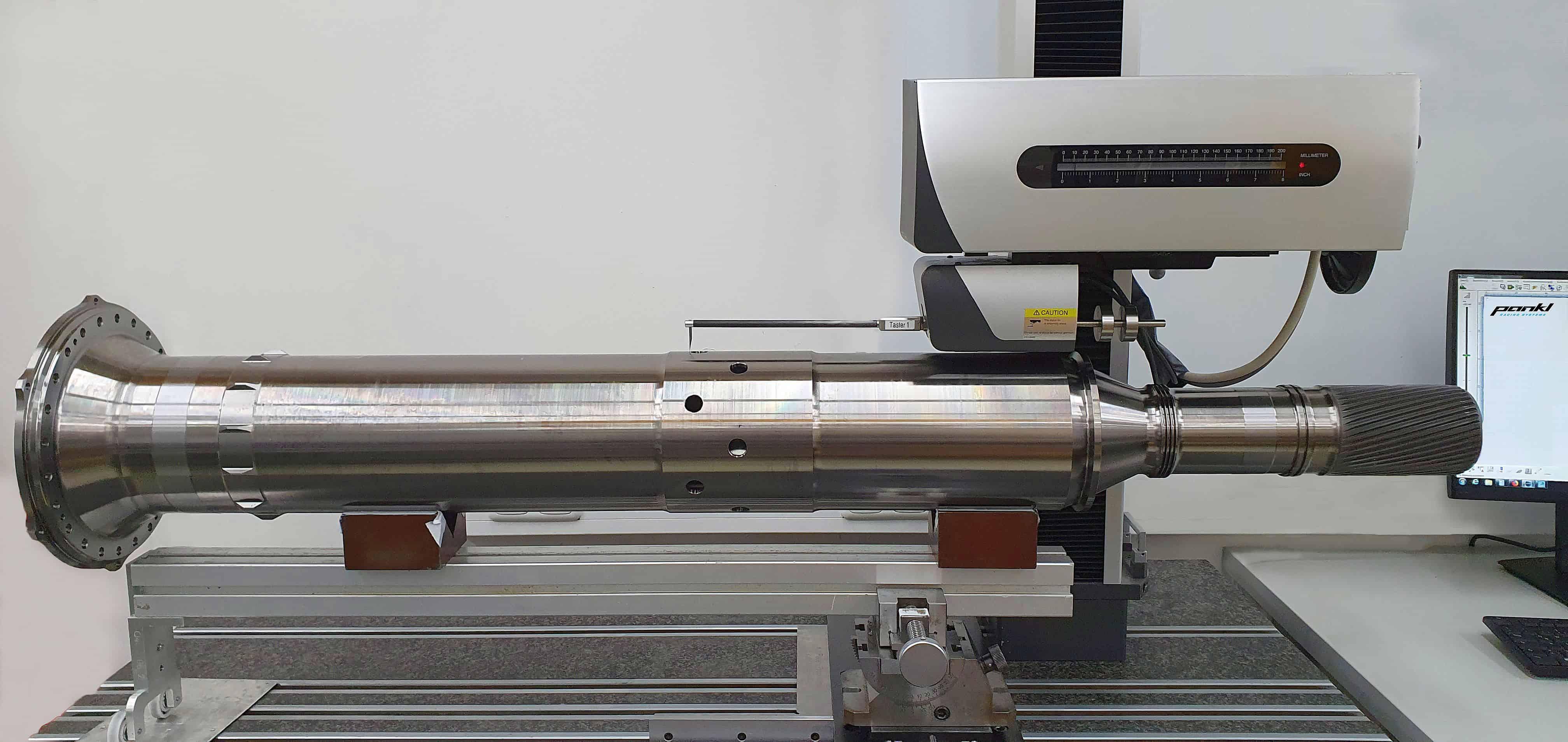Pankl Aerospace misst seine Antriebswelle mit dem Konturmessgerät SURFCOM NEX 030 von ACCRETECH